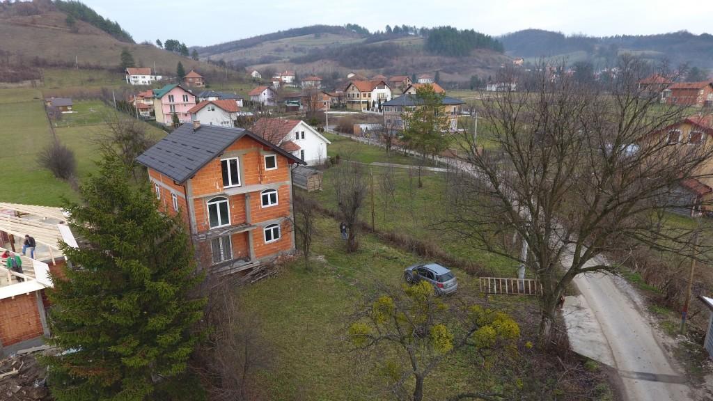 [POVOLJNO] Prodaje se kuća sa zemljištem u Ilijašu (Lješevo)