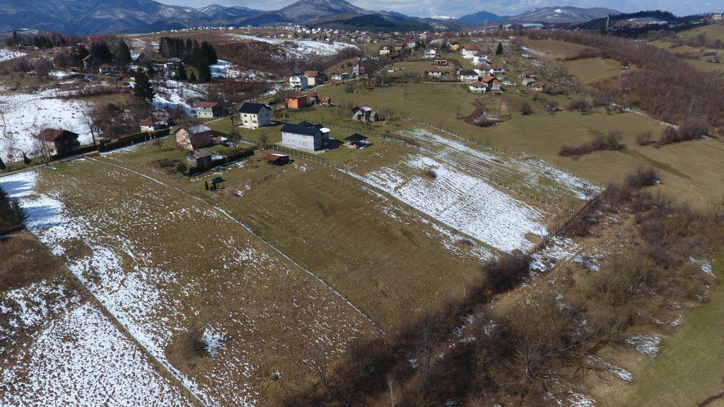 Prodaje se zemljište: HADŽIĆI – OSENIK